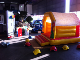 Kinderanimation Renault Messe